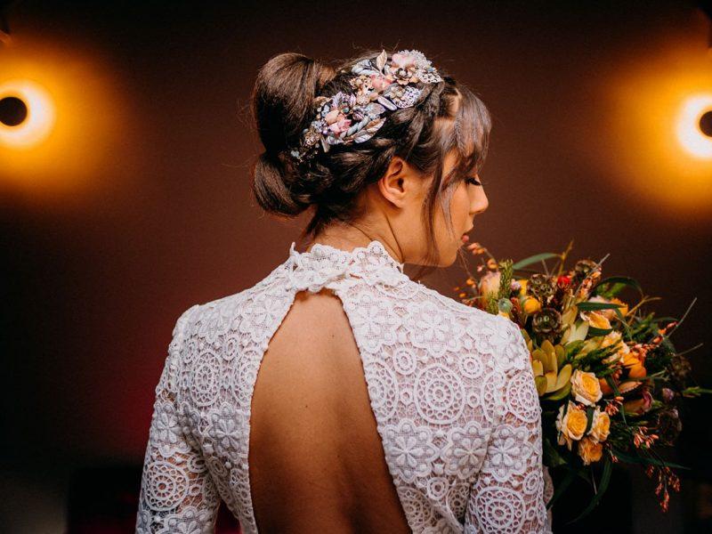 Cómo elegir el tipo de tela del vestido de novia